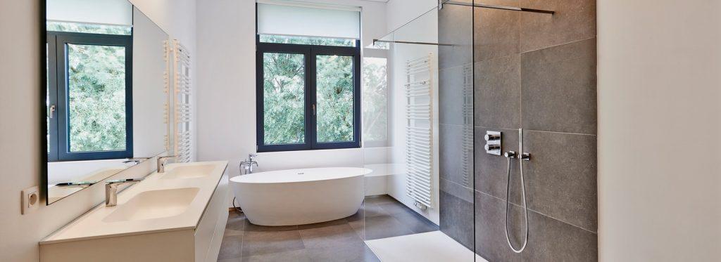 Reforma tu baño.jpg